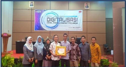 Penerimaan Penghargaan Digitalisasi dari KPU SUMBAR